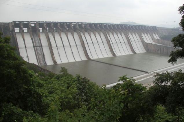 dam 2961633f Sardar Sarovar Dam