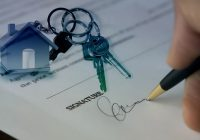 How a Real Estate Lawyer Helps You to Save Your Money